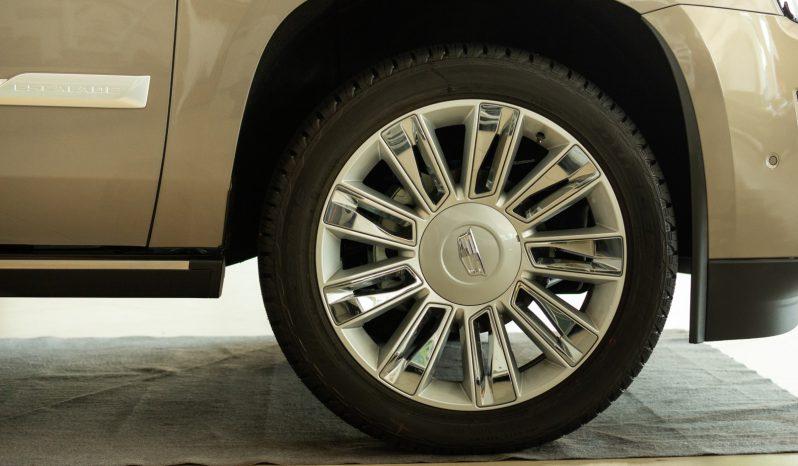 Cadillac Escalade MY20 full